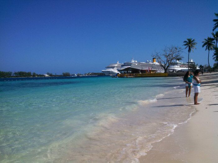 Beautiful Beach Nassau Bahamas Caribbean cruise deals with a military and Veteran discount