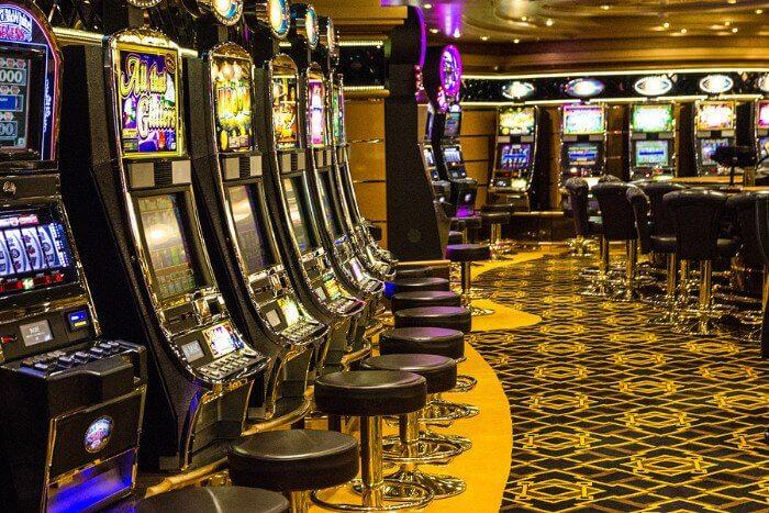 Cruise Casino
